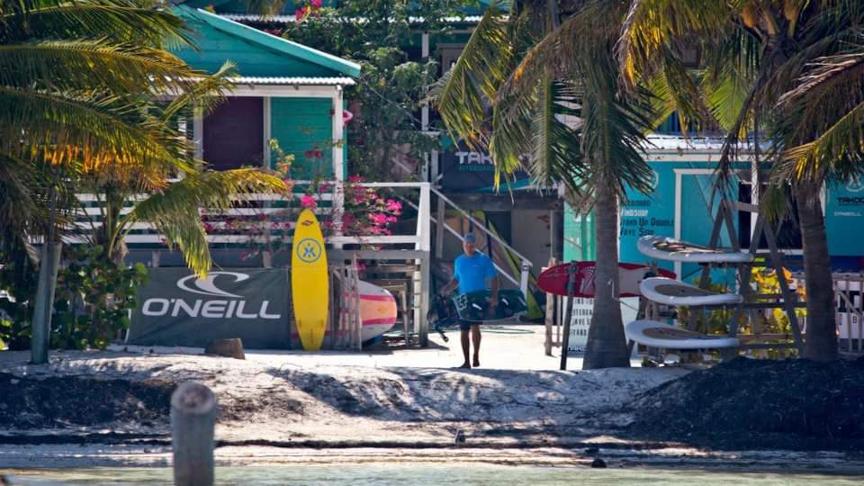 Kitesurf instructor job in Belize