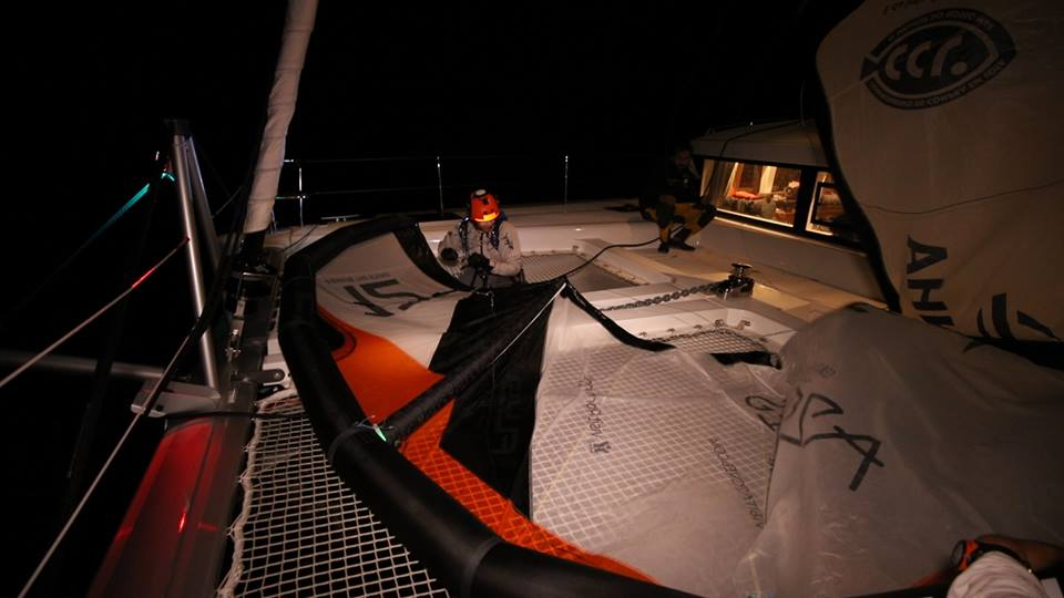 kitesurfing during night long distances