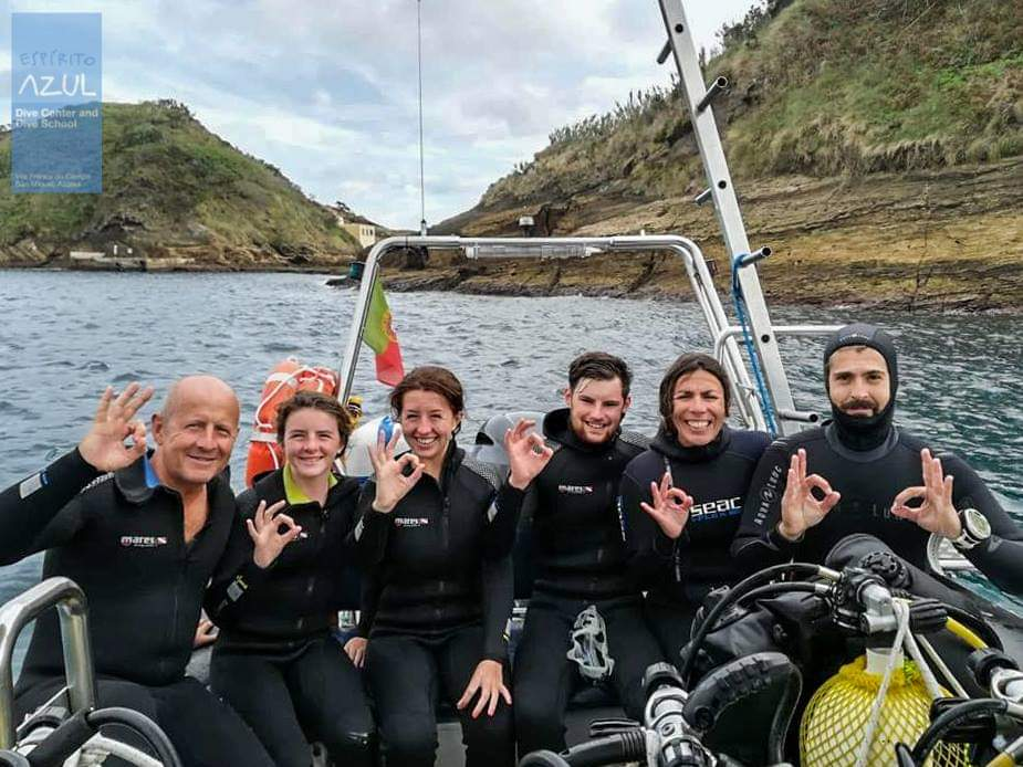 Dive instructor job in Azores
